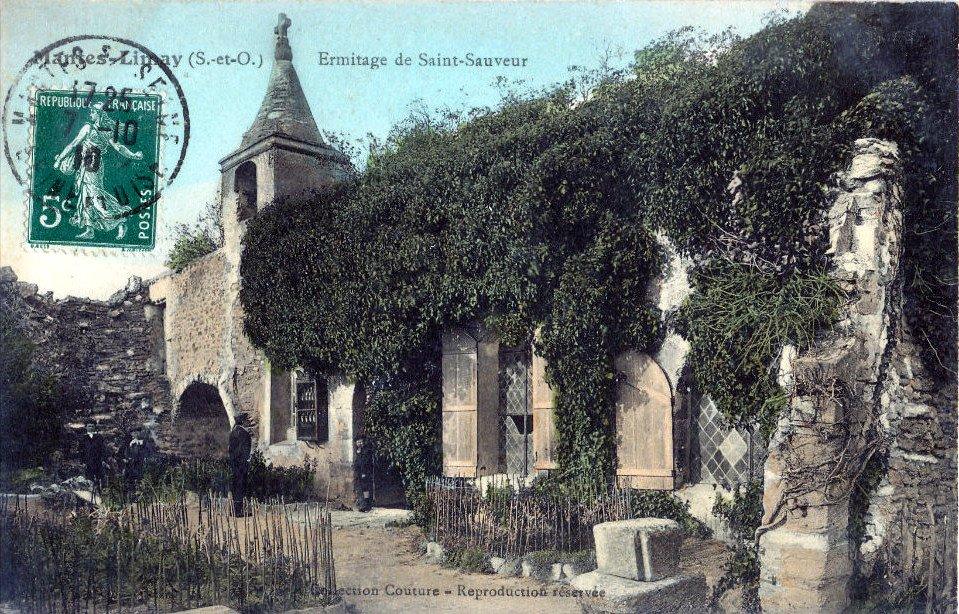 Cour chapelle